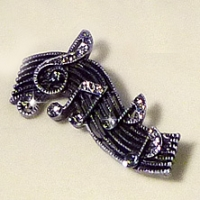 Brooch Wavy Stave With Treble Clef & Notes Design Sparkle Gift