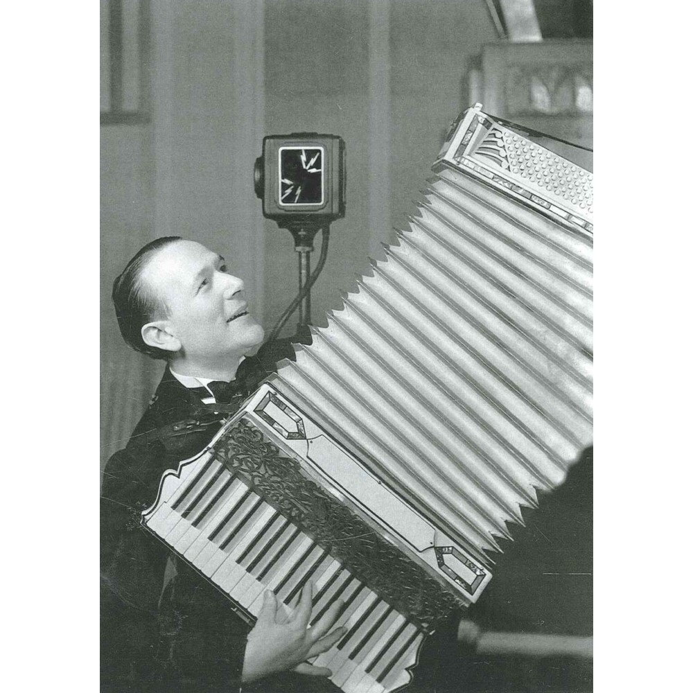 Greetings Card The Accordion Player On Air 1940s Sparkle Gift